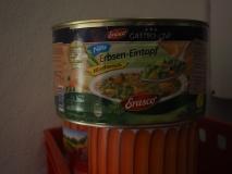 Suppe und Würstchen